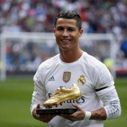 Ronaldo muốn thi đấu tại Brazil trước khi trở lại Milan