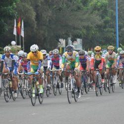 """Xe đạp – BTV – Number One Active Cup lần IV, năm 2008: Hàng loạt cua rơ """"chết"""" bởi đèo dốc"""
