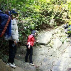 Leo núi và đi bộ xuyên rừng (Trekking): Lắng nghe núi hát, thì thầm