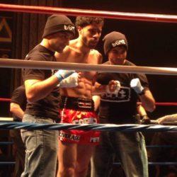 Jaffer Panezai (trái) và Paul Muniz (giữa)