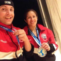 Jason Farrell (trái) và Erin Jimenez