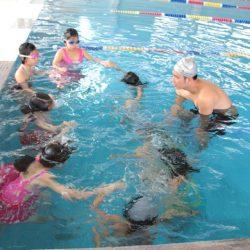 Cách học bơi nhanh bằng phương pháp nín thở