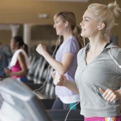 Chạy bộ giảm cân trên máy chạy bộ điện gia đình