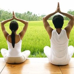4 bài tập yoga giảm cân tại nhà