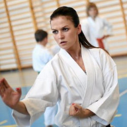 """""""Thời điểm"""" quan trọng trong Karate"""