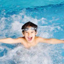 Bơi lội và cách phòng tránh các bệnh về mắt