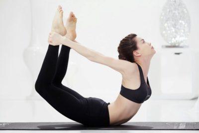 3 bài tập yoga giảm mỡ bụng và mỡ đùi hiệu quả