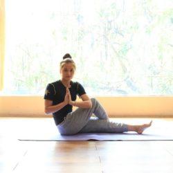 Điểm danh các tư thế Yoga giúp giảm mỡ đùi