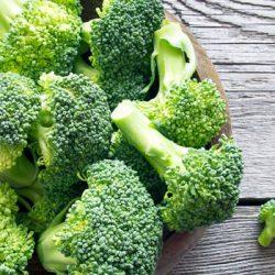 Các loại rau củ quả cho bé ăn dặm mẹ cần biết