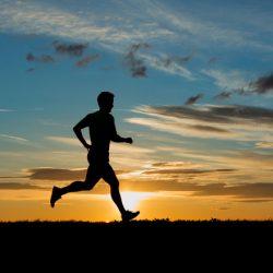 Chạy bộ buổi sáng có tác dụng gì và những lưu ý trong chạy bộ
