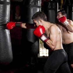 Không được học boxing khi bị thương.