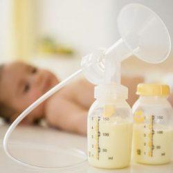 Sữa mẹ vắt ra để được bao nhiêu lâu, cách bảo quản sữa khi vắt ra